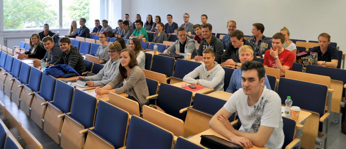 Studenten der FH Wedel